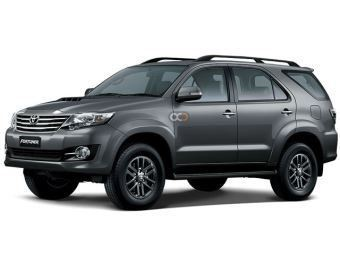 Rent a car Dubai Toyota Fortuner