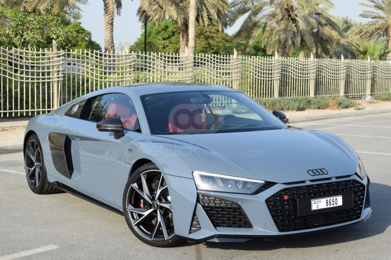 Rent Audi R8 Coupe V10 in Dubai - Sports Car Car Rental
