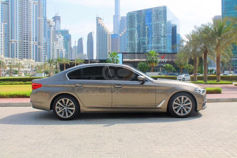 Hire BMW 520i - Luxury Car Dubai