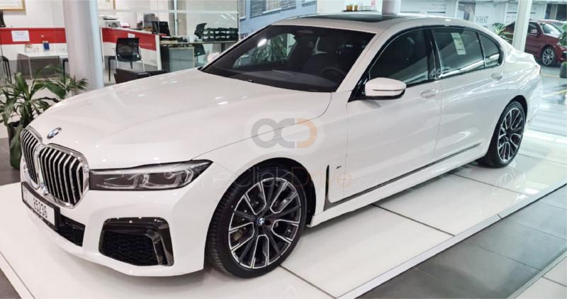 Rent BMW 730-li in Dubai - Luxury Car Car Rental