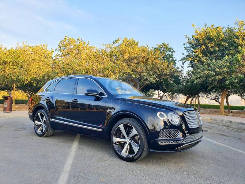 Rent Bentley Bentayga in Dubai - Luxury Car Car Rental