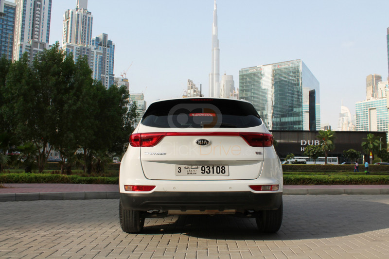 Book Kia Sportage 2018 in Ajman