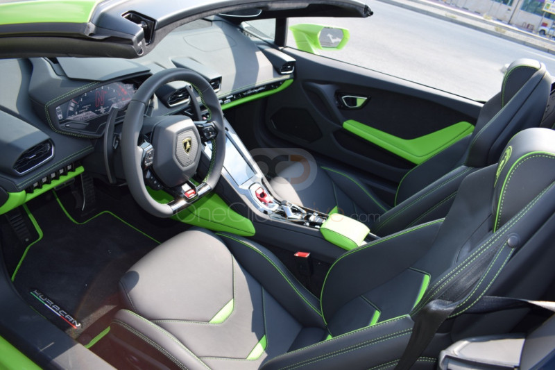 Hire Lamborghini Evo Spyder - Sports Car Dubai
