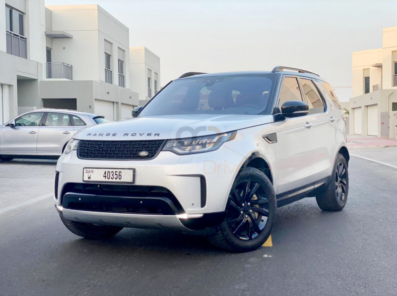 Rent Land Rover Discovery HSE in Dubai - SUV Car Rental