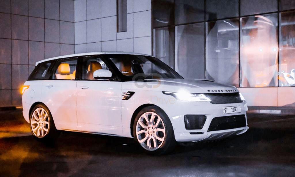 Rent Land Rover Range Rover Sport Dynamic in Dubai - SUV Car Rental