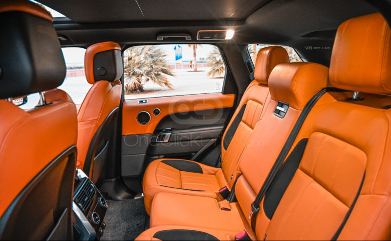 Book Land Rover Range Rover Sport Dynamic 2019 in Dubai