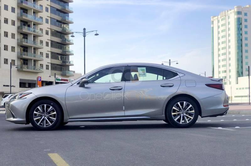 Hire Lexus ES350 - Luxury Car Dubai