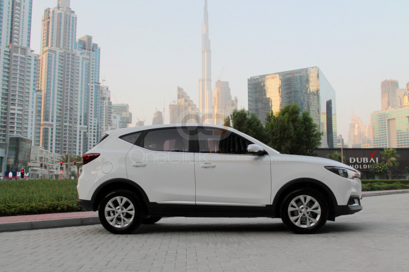 Hire MG ZS - Crossover Sharjah