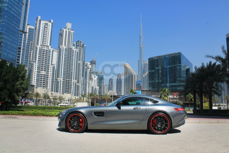 Hire Mercedes Benz AMG GTS - Sports Car Dubai