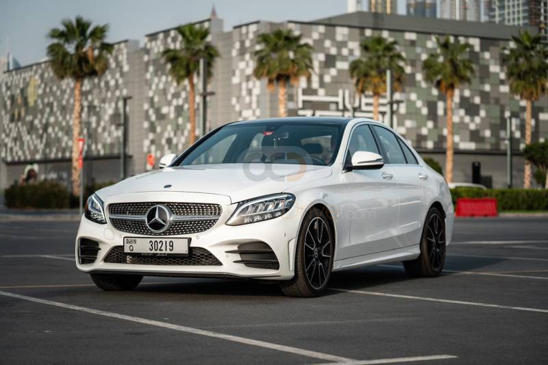 Rent Mercedes Benz C200 in Dubai - Luxury Car Car Rental
