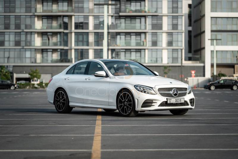 Hire Mercedes Benz C200 - Luxury Car Dubai