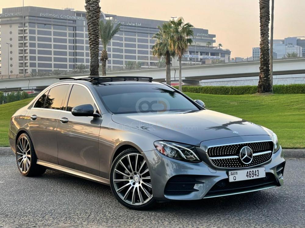 Rent Mercedes Benz E300 in Dubai - Sedan Car Rental