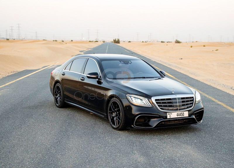 Rent Mercedes Benz S550 in Dubai - Luxury Car Car Rental