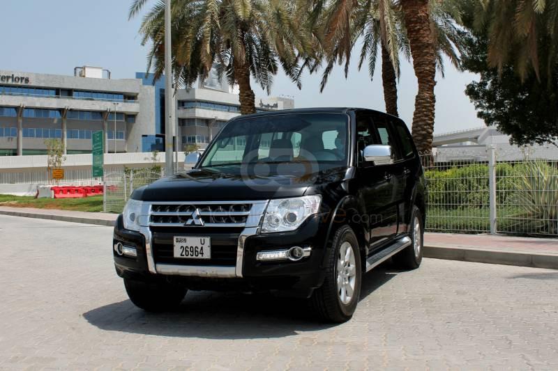 Rent Mitsubishi Pajero in Dubai - SUV Car Rental