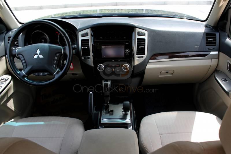 SUV Car Rental Dubai - Price.