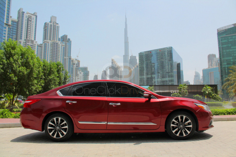 Hire Nissan Altima - Sedan Sharjah