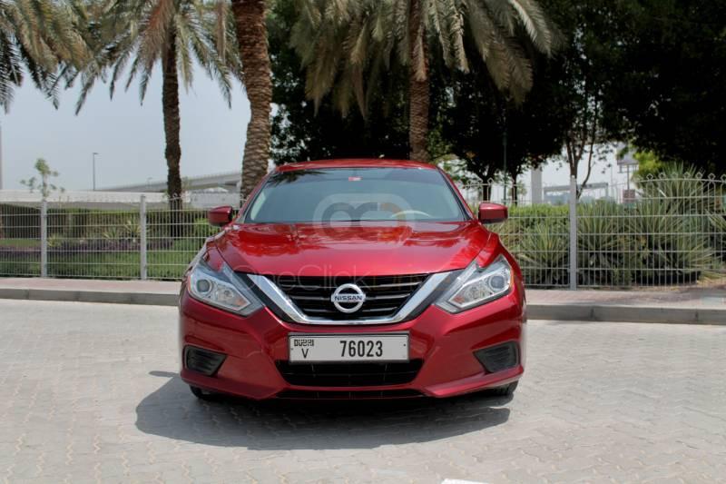 Rent 2018 Nissan Altima in Dubai UAE