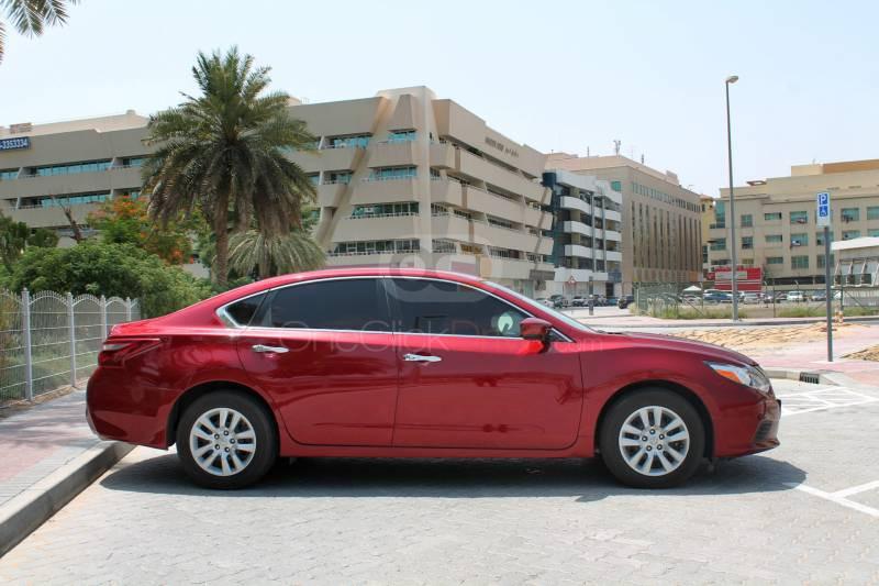 Hire Nissan Altima - Sedan Dubai