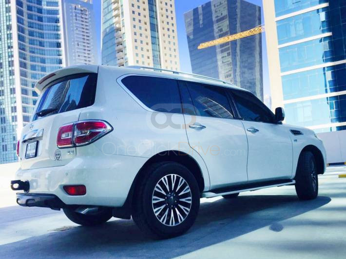 Hire Nissan Patrol - SUV Dubai