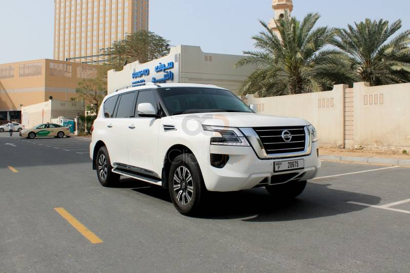 Rent Nissan Patrol Platinum in Dubai - SUV Car Rental