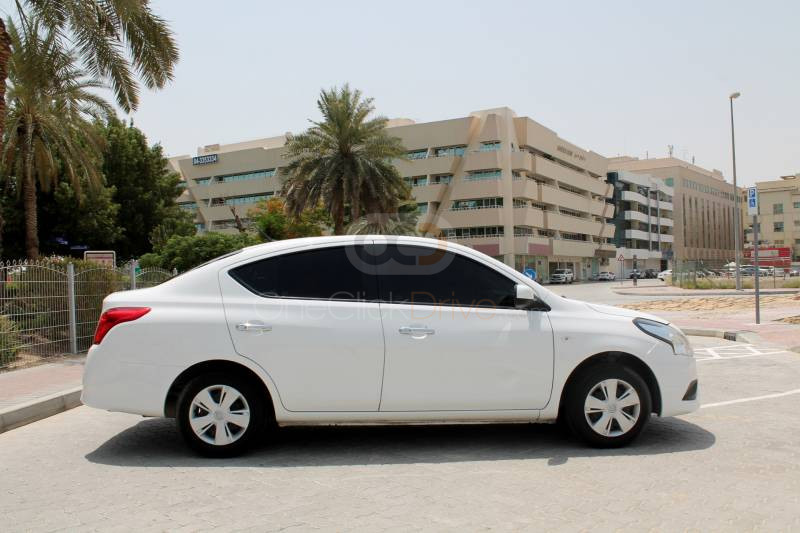 Hire Nissan Sunny - Sedan Dubai