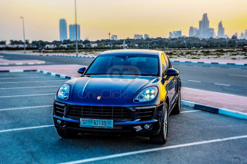 Hire Porsche Macan Turbo - Sports Car Dubai