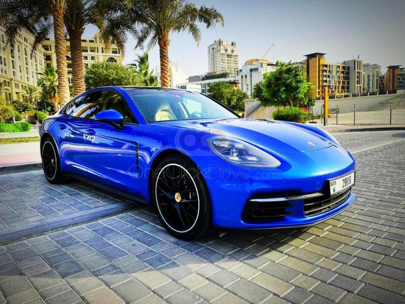Rent Porsche Panamera Turbo S in Dubai - Sports Car Car Rental