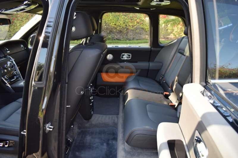 Hire Rolls Royce Cullinan - SUV Dubai