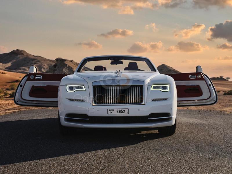 Hire Rolls Royce Dawn - Convertible Dubai