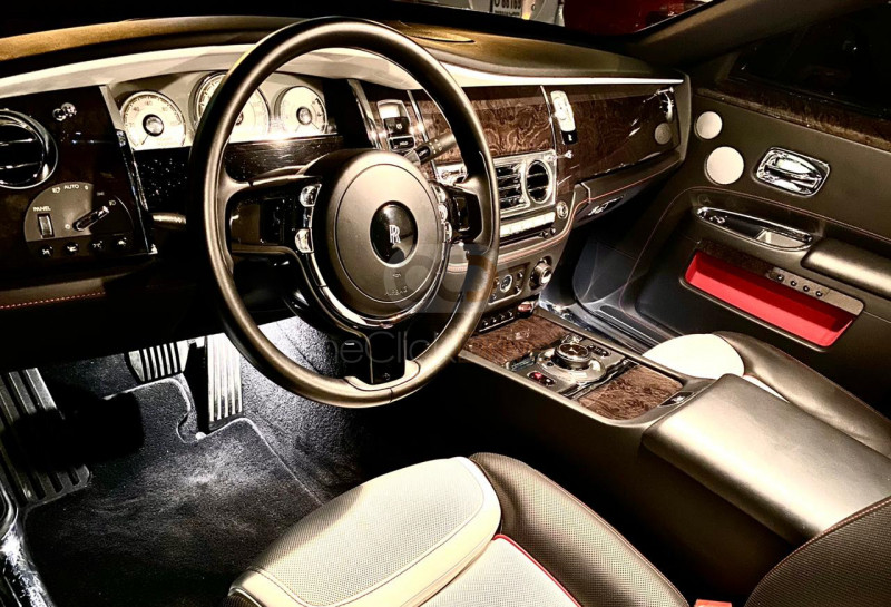 Hire Rolls Royce Ghost Series 5 - Luxury Car Dubai