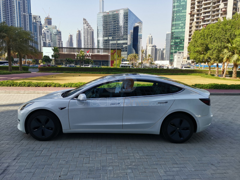 Rent 2020 Tesla Model 3 in Dubai UAE