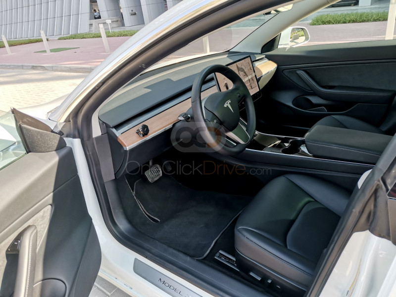Hire Tesla Model 3 - Electric Dubai