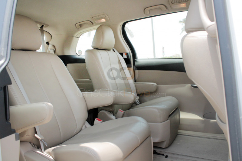 Rent 2015 Toyota Previa in Dubai UAE