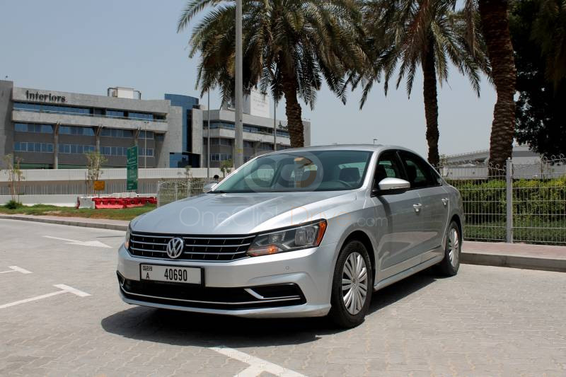 Rent Volkswagen Passat in Dubai - Sedan Car Rental