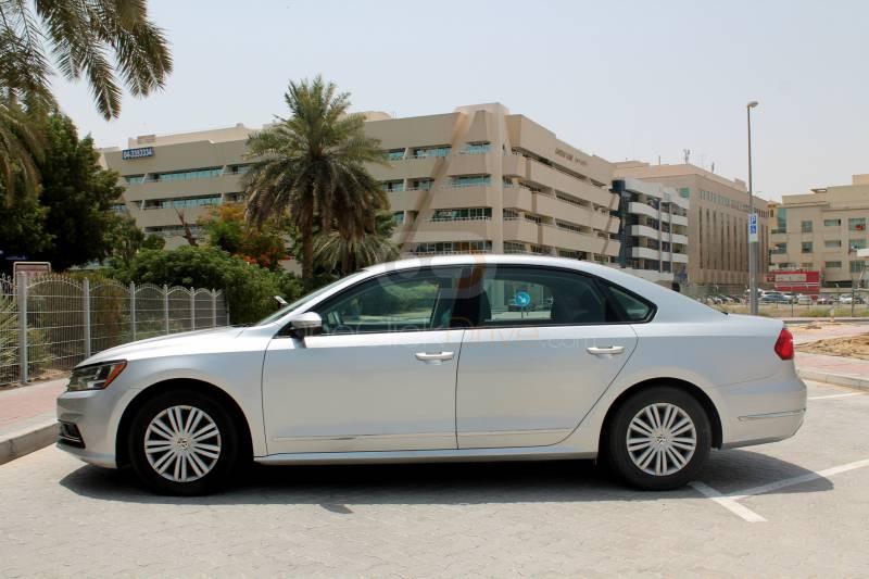 Hire Volkswagen Passat - Sedan Dubai