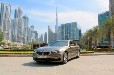Rent BMW 520i 2019
