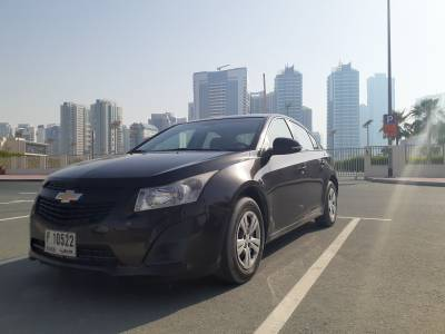 Chevrolet Cruze Price in Abu Dhabi - Sedan Hire Abu Dhabi - Chevrolet Rentals