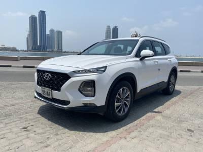 Hyundai Santa Fe Price in Sharjah - SUV Hire Sharjah - Hyundai Rentals