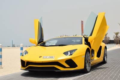 Lamborghini Aventador S Coupe LP740 Price in Sharjah - Supercar Hire Sharjah - Lamborghini Rentals
