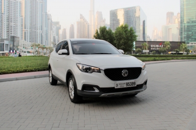 MG ZS Price in Sharjah - Crossover Hire Sharjah - MG Rentals