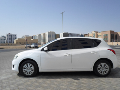Nissan Tiida Price in Abu Dhabi - Compact Hire Abu Dhabi - Nissan Rentals