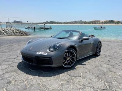 Porsche 911 Carrera S Spyder Price in Abu Dhabi - Convertible Hire Abu Dhabi - Porsche Rentals