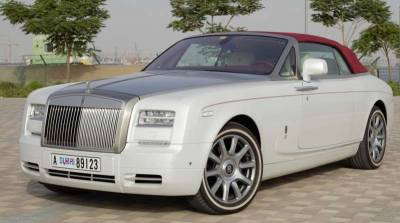 Rolls Royce Phantom DropHead Coupe Price in Dubai - Luxury Car Hire Dubai - Rolls Royce Rentals