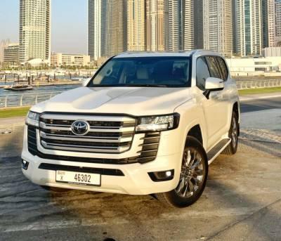 Rent Toyota Land Cruiser 2022